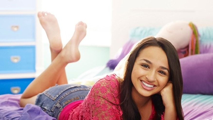"Jazz Jennings, the teenage transgender subject of the TLC documentary series ""I am Jazz."""