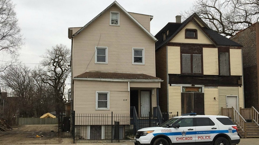Authorities: 9 unattended children removed from Chicago home