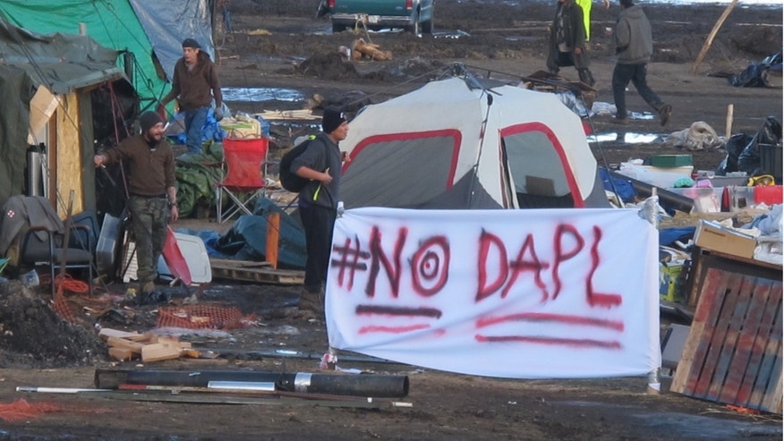 'Coordinated attacks' on Dakota Access pipeline denied by activists