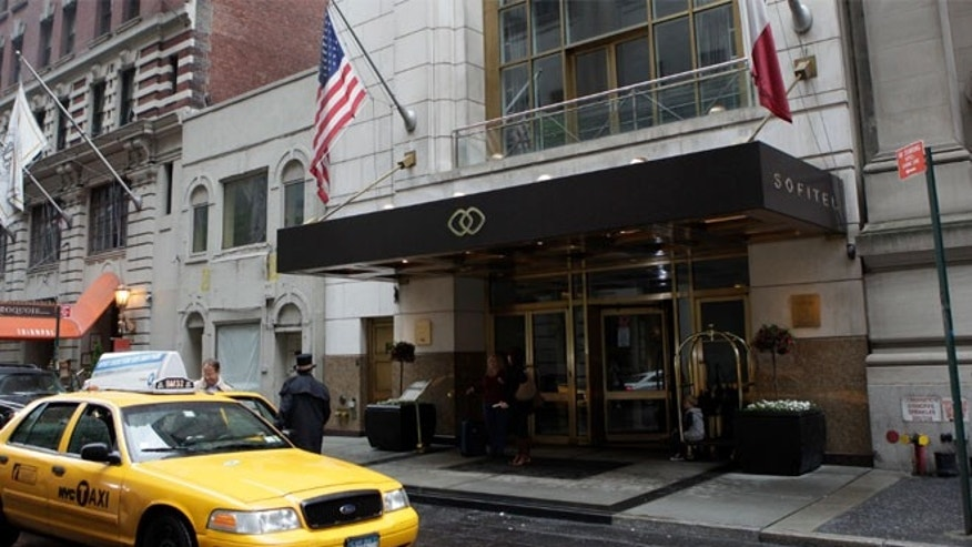Bernie Madoff Fraud Victim Jumps To Death At Manhattan Hotel
