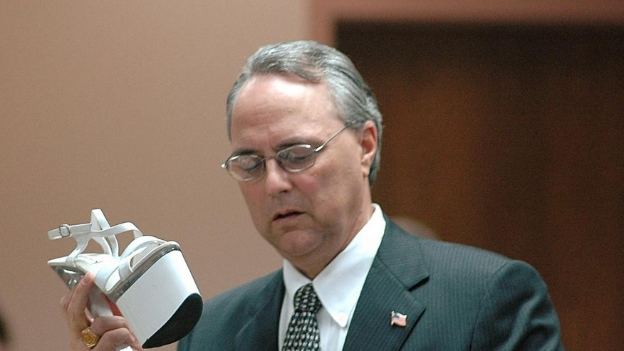 "FILE - In this April 18, 2007, file photo, defense attorney Steve Farese Sr., speaks in Selmer, Tenn., in the trial of Mary Winkler, who was eventually convicted of voluntary manslaughter in the March 2006 shooting death of her preacher husband, Matthew Winkler. Farese is being criticized for telling a Tennessee jury that women are ""especially good"" at lying ""because they're the weaker sex."" The Memphis Commercial Appeal reports Farese made the comments during closing arguments of the trial of Mark Giannini, a wealthy businessman accused of raping a woman. Farese maintains that the sex was consensual. He told the Commercial Appeal that his job ""is not to care if anybody gets offended."" (AP Photo/Russell Ingle, File)"