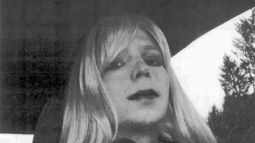 Chelsea Manning leaves prison after sentence in leaks case is commuted