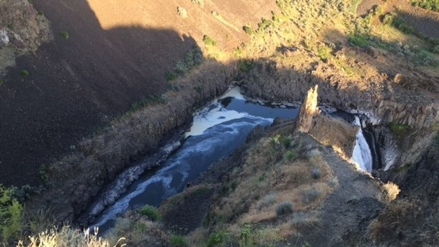 A 25-year-old man fell from a cliff at Palouse Falls State Park on Monday, police said. (Franklin County Sheriff's Office)