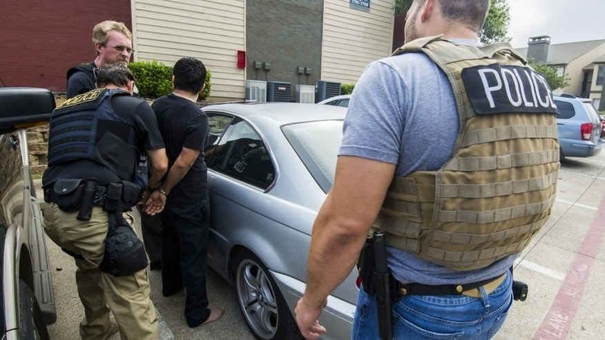 Federal agents arrest 18 undocumented immigrants in Oklahoma