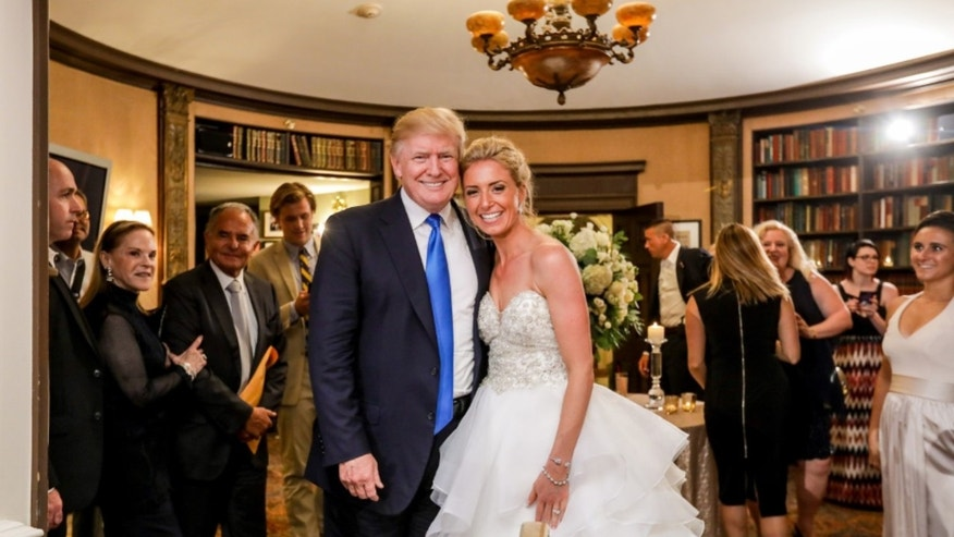 President Trump Made A Quick Earance At Wedding His New Jersey Golf Club During