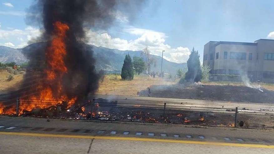 Small plane crashes on Utah highway, killing 4 on board