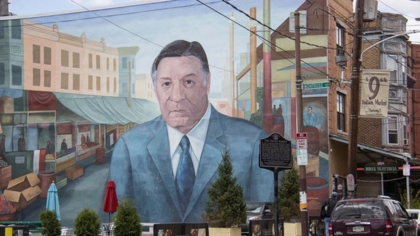 A mural of former Mayor Frank Rizzo marks one end of the Italian Market. (Photo: Milady Nazir/Fox News Latino)