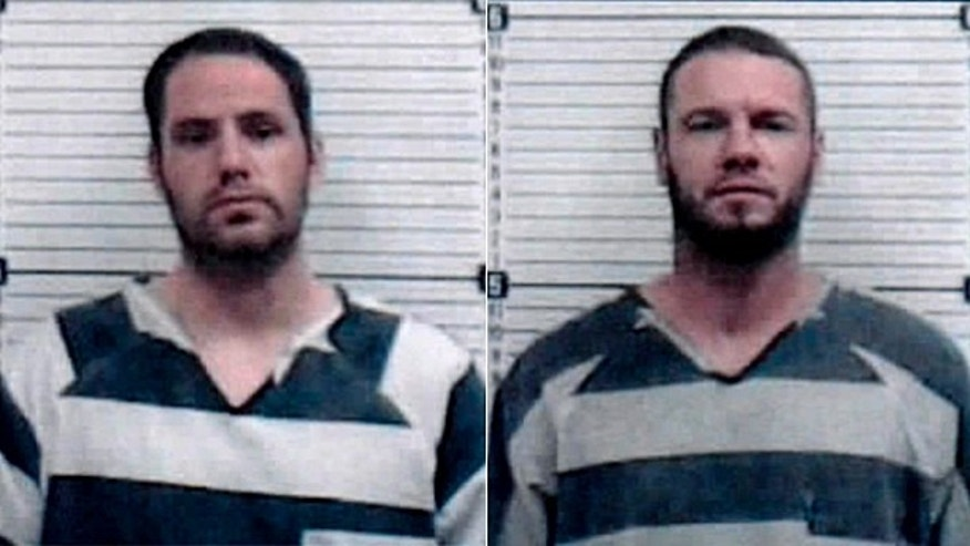 Two Oklahoma inmates overtake transport officers, steal transport van