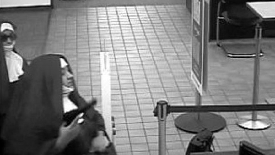 2 women dressed as nuns try to rob bank
