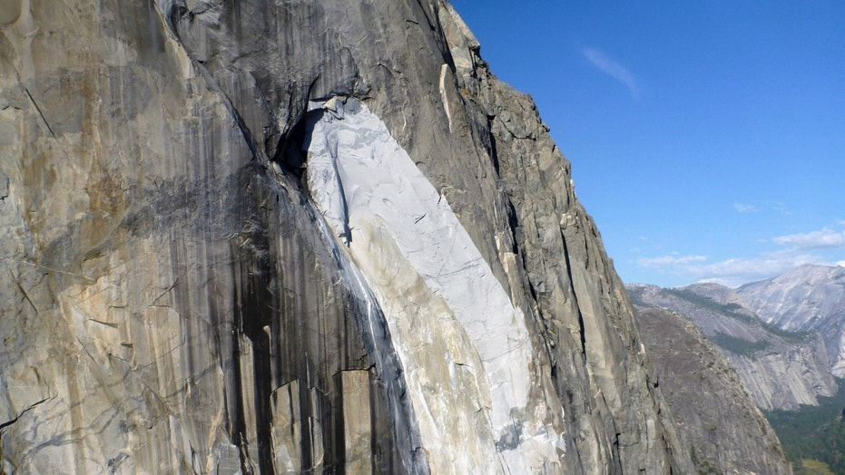 Yosemite's El Capitan scarred after 2 days of rock falls