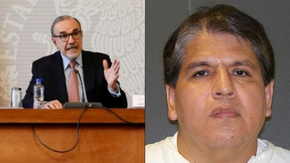 At right, Ruben Ramirez Cardenas, who is set to be executed. At left, Mexico's Deputy Foreign Minister for North America Carlos Manuel Sada Solana speaks at a news conference about the case.