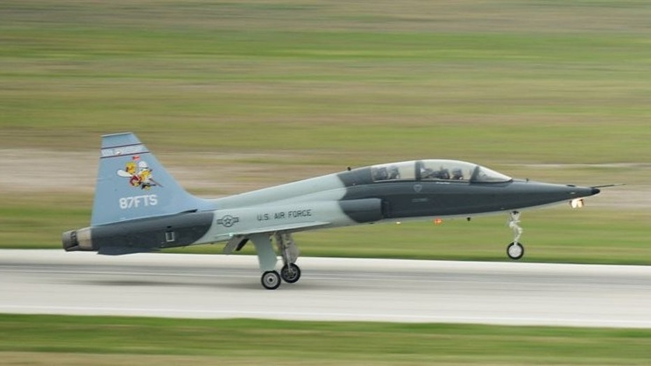 One Airman is dead and another remains hospitalized after a U.S. Air Force training jet crashed in Texas Monday.