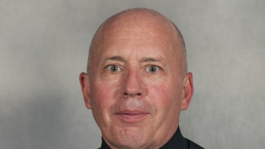 Texas cop shot dead in line of duty while serving warrant