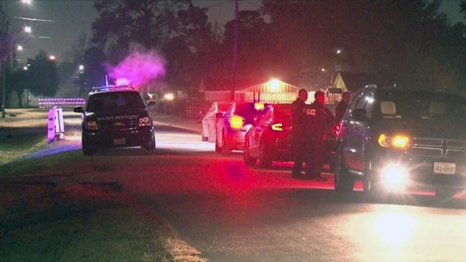 Kidnapping victim shot in Federal Bureau of Investigation 'operation' in Houston