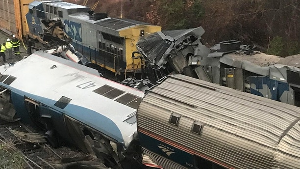 Amtrak, CSX train collision in South Carolina leaves 2 dead, over 100 injured, officials say – Trending Stuff