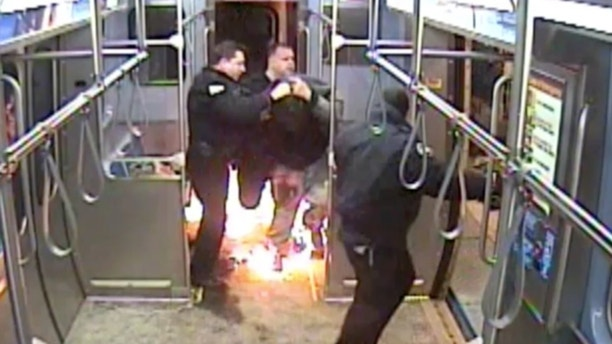 Man tries to set train on fire in Chicago