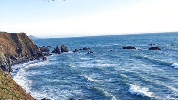 Search on for missing children after California cliff SUV wreck