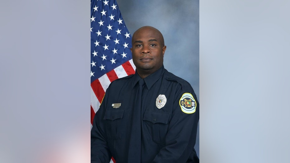 Officer Keith Earle, 46, a 25-year veteran of Huntsville, Ala.'s force, died Monday in a local hospital, police say.