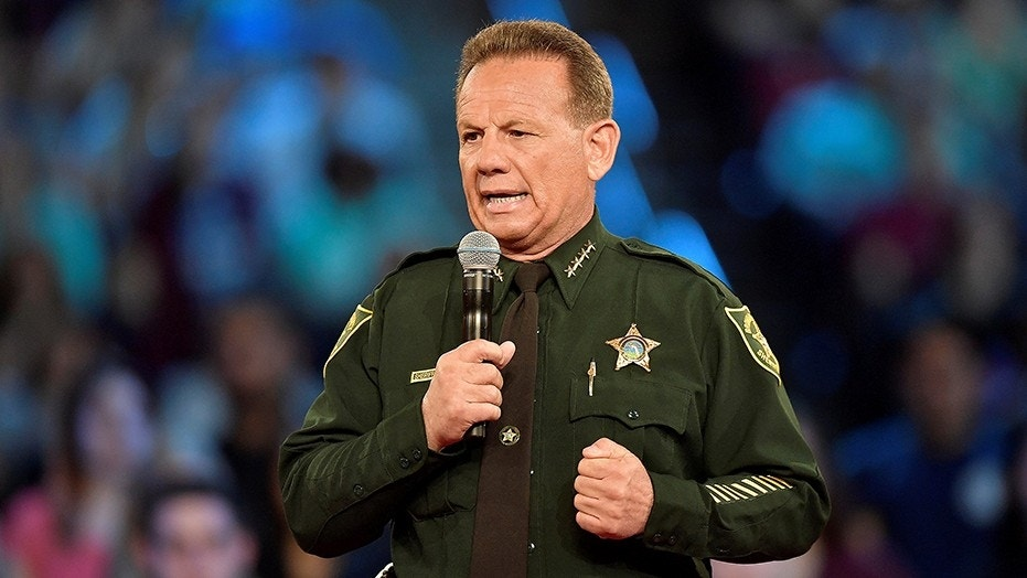 Broward Police Union Votes 'No Confidence' In Sheriff Israel; Asks Gov
