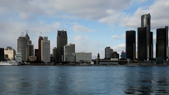 A general view of the Detroit skyline, dominated by General Motors headquarters (R), is seen from Windsor, Onatario, Canada January 14, 2018.   REUTERS/Jonathan Ernst - RC1BBE693C80