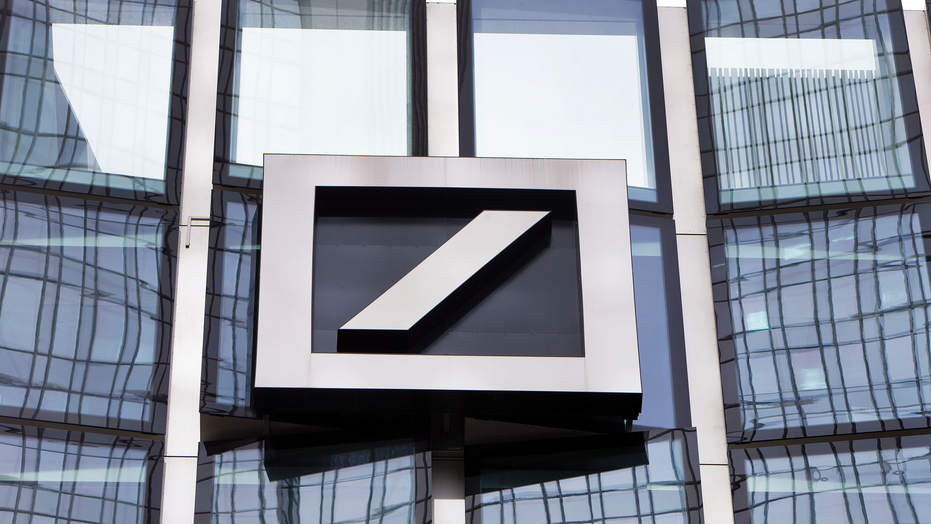 Deutsche Bank on United States  'troubled' list