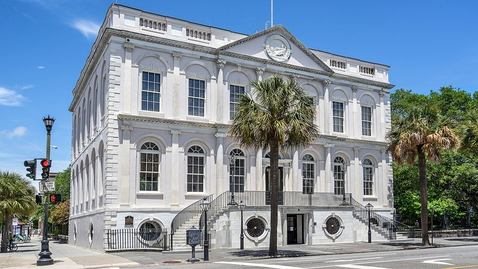 Charleston City Council voted to apologize for the city's role it played in the slave trade, and proposed an office of racial reconciliation.