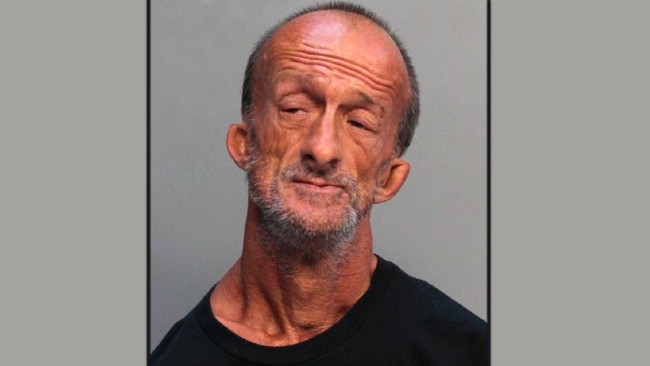Armless man charged with stabbing tourist in Miami