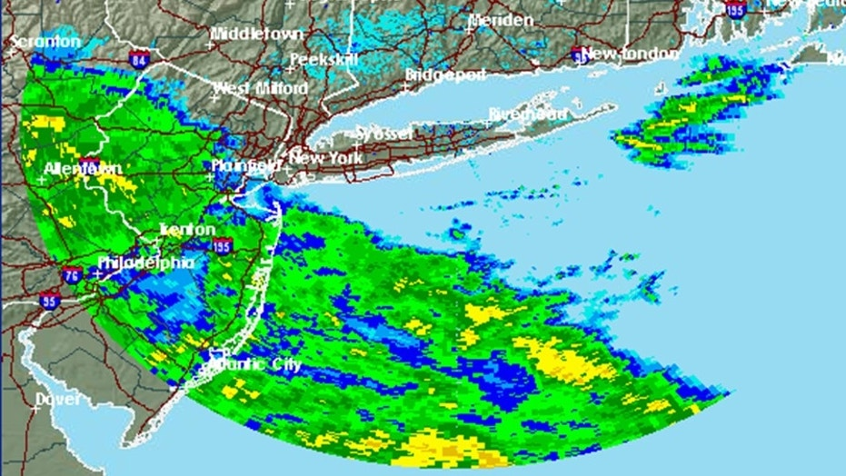 The radar image from 6 p.m. shows the current forecast over New York ahead of the impending storm.