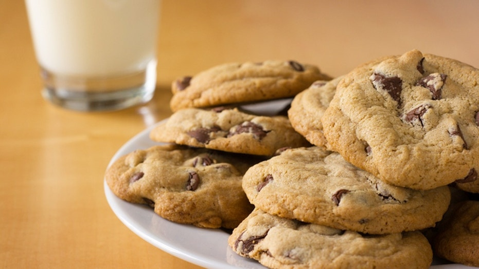 A neighbor in Cedar Falls, Iowa, said a girl was risking the safety of children in the neighborhood with the traffic her cookie sale was causing.