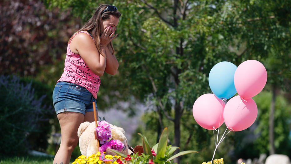 The Latest: Bodies of Colorado family found on oil ...