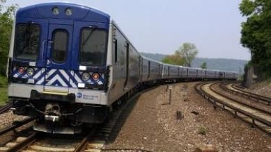 Man Dies After Climbing On Top Of Train In Hudson Valley