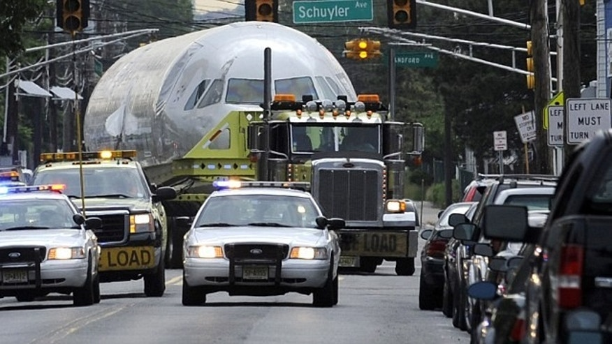 'Miracle on the Hudson' Plane Travels to Museum