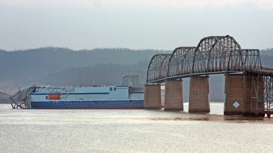 Kentucky bridge collapses after being struck by cargo ship