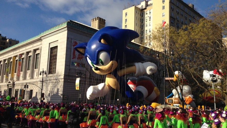 Winds cooperate, balloons to fly at Macy&#x27&#x3b;s Thanksgiving Day Parade