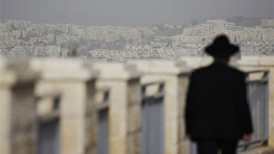 Approval of new apartments for Jews in East Jerusalem could stir a new diplomatic crisis with the United States.
