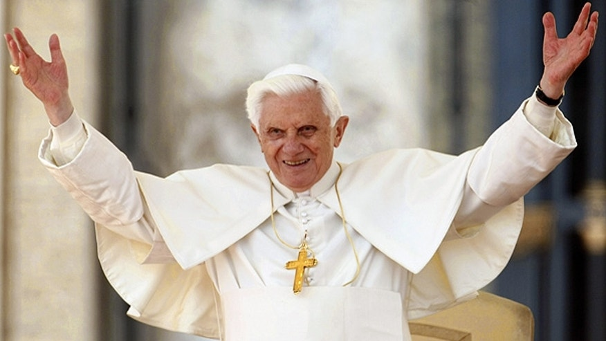 Mar. 31: Pope Benedict XVI acknowledges the crowd in St. Peter's Square.
