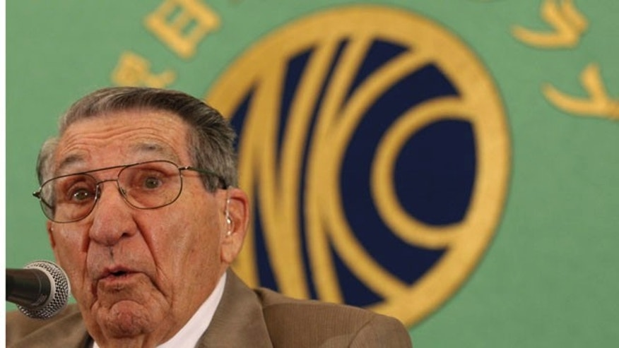 Sept. 17, 2010: Former U.S. POW Lester Tenney from Carlsbad, Calif. speaks at Japan Nation Press Club in Tokyo.