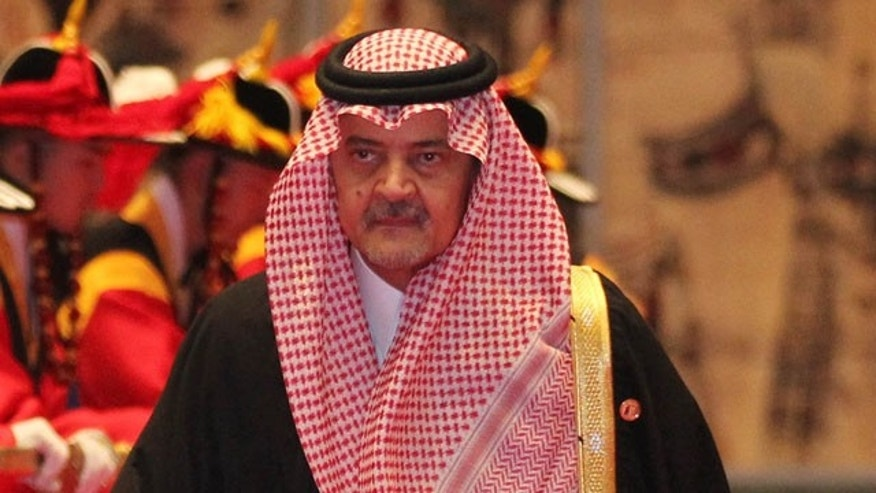 Saudi Arabia's King Abdullah passed his duties as commander of his country's National Guard down to his son, Prince Mitab bin Abdullah, after almost 50 years of service.