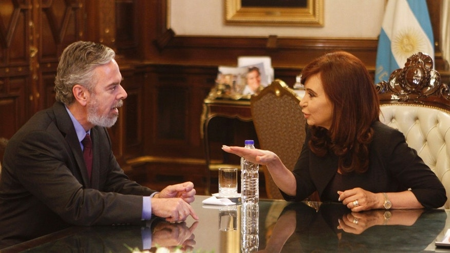 Argentina's President Cristina Fernandez, right, talks with Brazil's new Foreign Minister Antonio Patriota at the government palace in Buenos Aires, Argentina, Monday Jan. 10, 2011. Patriota is on a one-day visit to Argentina. (AP Photo/Eduardo Di Baia)