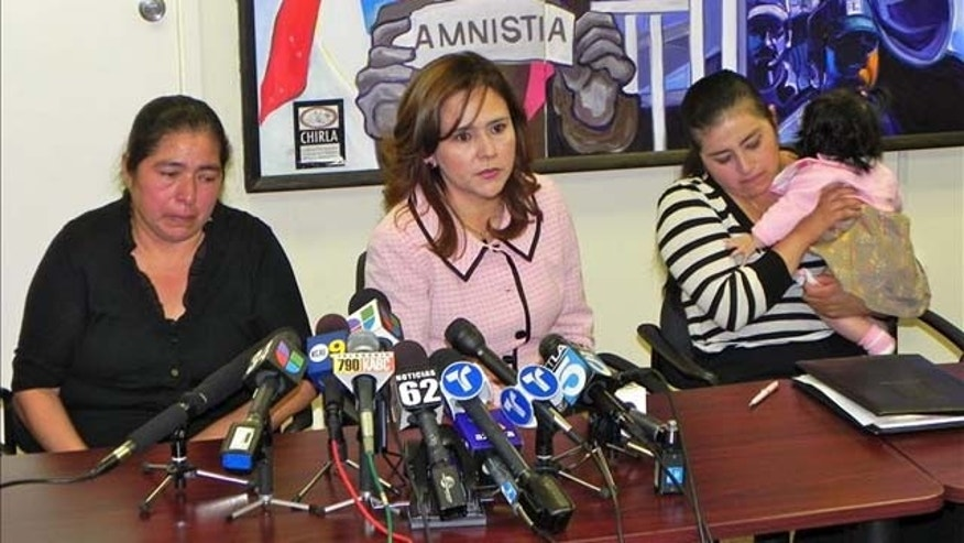 """This family suffered unjustly an attack by the authorities and had nothing to do with the drugs they were looking for,"" immigration lawyer Jessica Dominguez said. EFE/Luis Uribe"