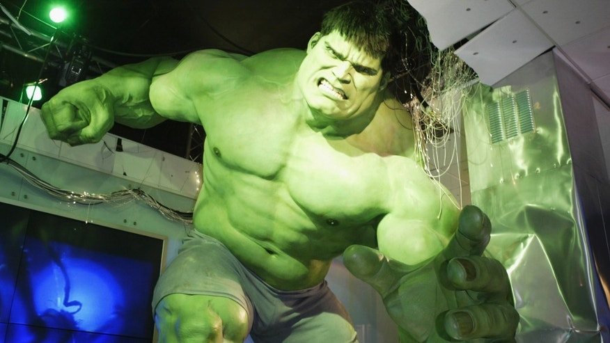 LONDON, ENGLAND - JULY 10:  Press unveiling of the interactive Incredible Hulk at Madame Tussauds on July 10, 2003 in London,  England.  (Photo By Steve Finn/Getty Images)