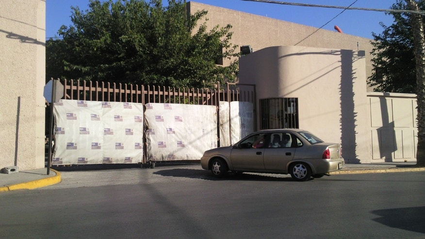 Exterior of the PGR office in Ciudad Juárez where the Porras family was holed up for five days before crossing into El Paso, Texas. (Joe Kolb)