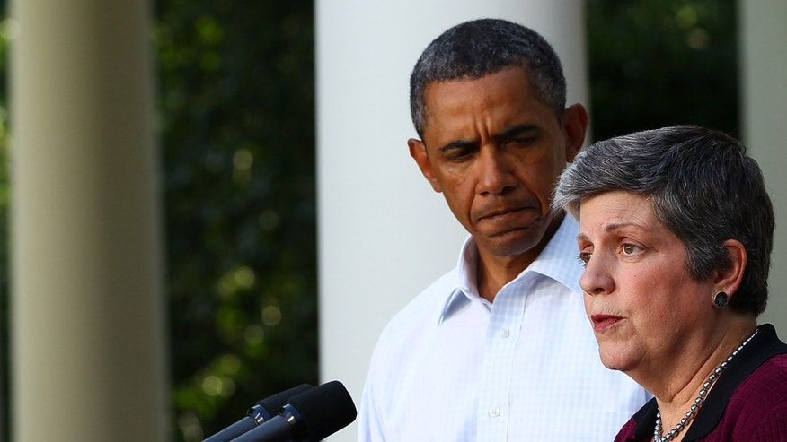 WASHINGTON, DC - AUGUST 28:  Secretary of Homeland Security Janet Napolitano (R) speaks with U.S. President Barack Obama on the aftermath of Hurricane Irene from the Rose Garden of the White House August 28, 2011 in Washington, DC. Hurricane Irene killed at least 15 people and more than 4.5 million homes and businesses are without power due to the storm.  (Photo by Win McNamee/Getty Images)