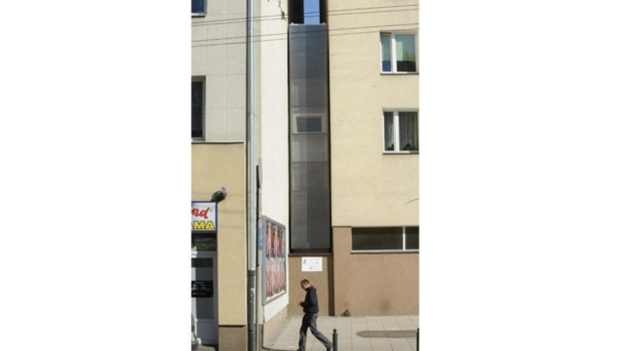 Oct. 19, 2012 - One of the world's narrowest houses, in Warsaw, Poland.