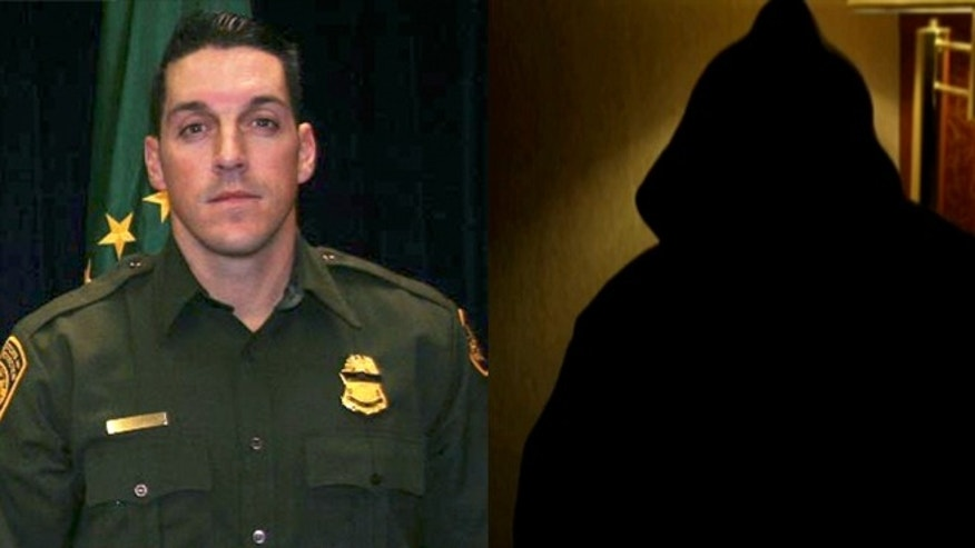 Border Patrol Agent Brian Terry (left) and Gustavo Cruz Lozano (right) in Univision interview wearing a hood.