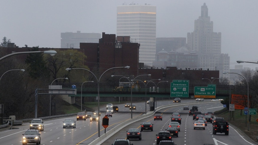 Traffic heading south along Interstate 95 into downtown Providence, Rhode Island. (Photo by Darren McCollester/Getty Images)