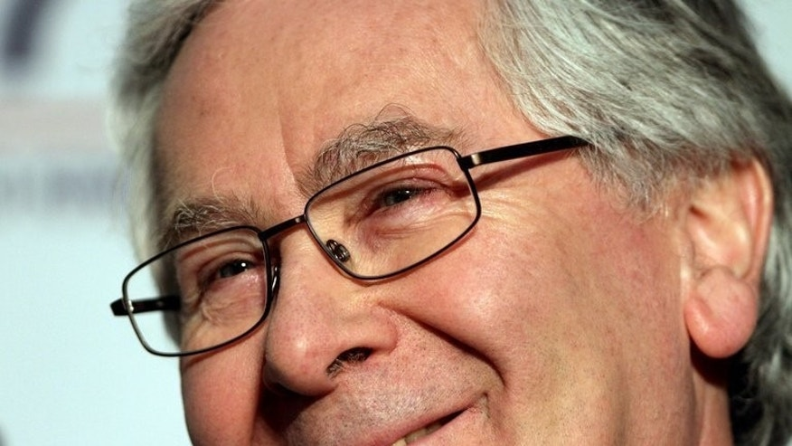 Bank of England governor Mervyn King holds a press conference in Aylesbury, Buckinghamshire, on May 11, 2013. King, who steps down from his role at Threadneedle Street this week, has attacked commercial banks for their intense political lobbying against new rules on capital reserves.