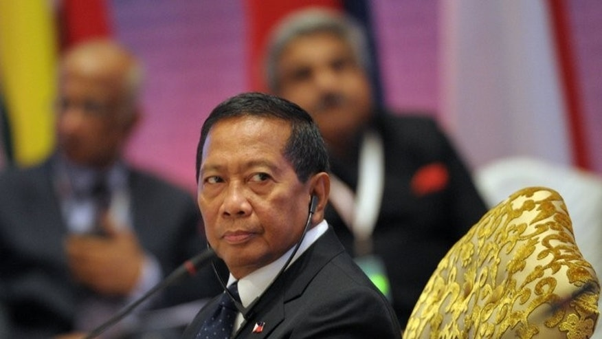 Philippine Vice-President Jejomar Binay during an ASEAN-India Commemorative Summit in New Delhi on December 20, 2012. He called off a proposed visit to China to save a Philippine woman from being executed for drug trafficking, saying Beijing had declined to receive him.