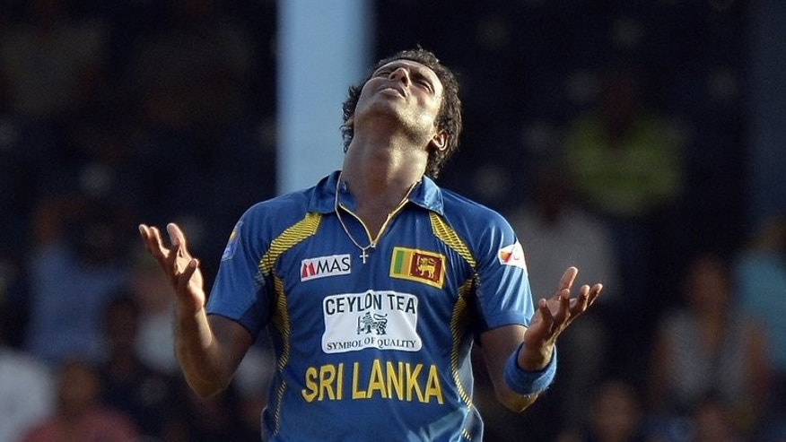 Sri Lankan captain Angelo Mathews reacts after sending a delivery to India's Mahendra Singh Dhoni on July 11, 2013. India defeated Sri Lanka by one wicket to win the series.