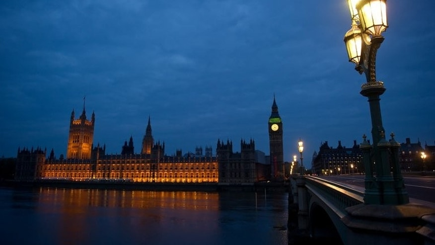 Dawn breaks over Britain's Houses of Parliament in central London on May 7, 2010. British lawmakers should be handed a 9.3-percent pay rise, a report recommended Thursday, sparking an instant outcry from austerity-hit Britons.